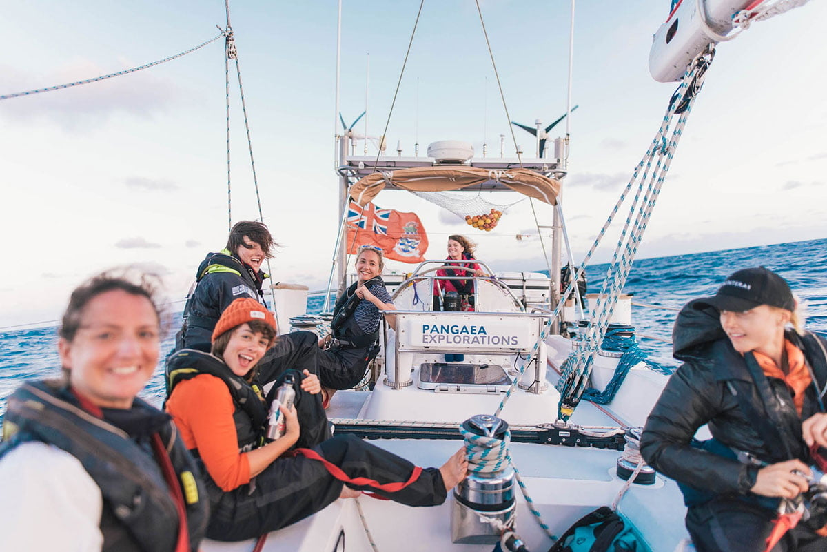 Image of eXXpedition crew